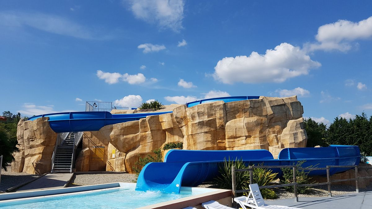Piscine Camping Chateauneuf de Galaure Vacansoleil