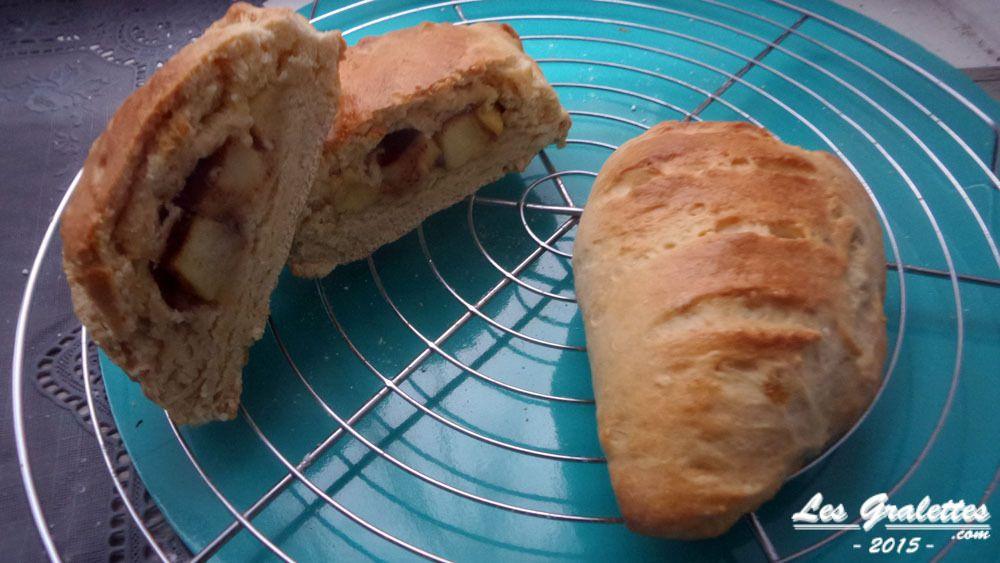 les briochettes à la cannelle et les chaussons aux pommes réalisés avec les chutes de pâte à brioche