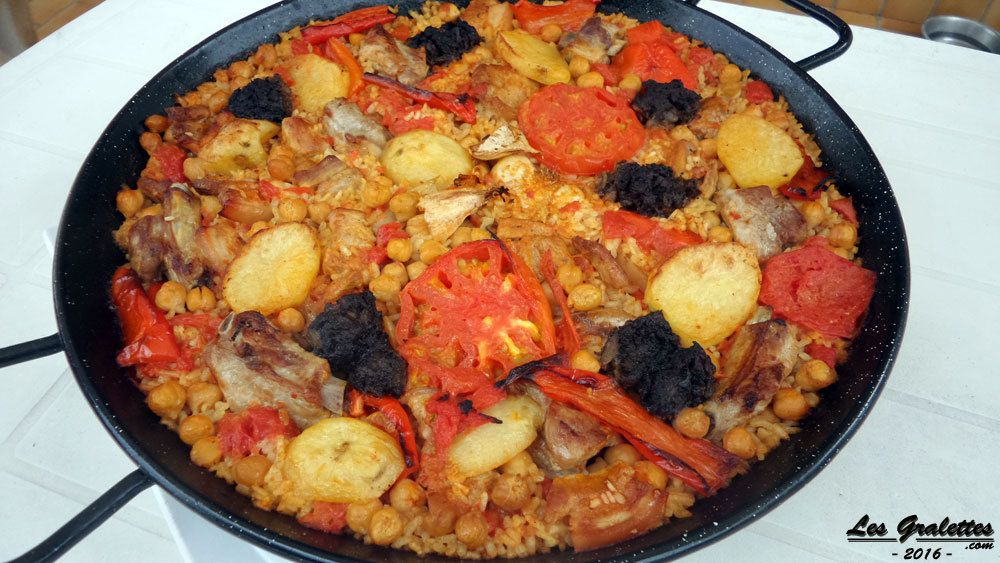 Arroz al horno, le riz au four traditionnel valencien (Espagne)