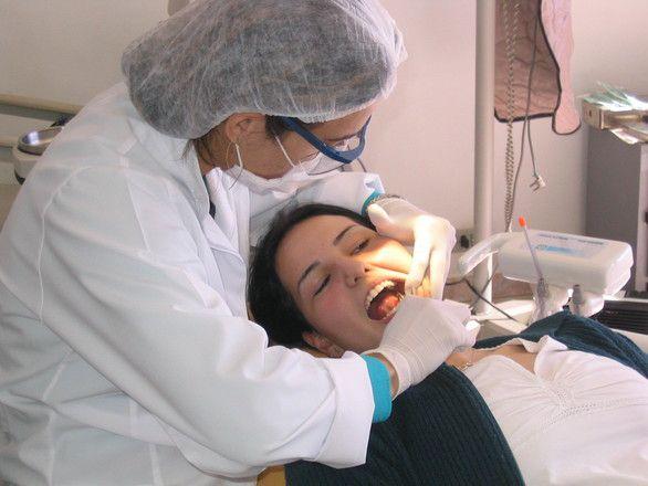 Carte de France des tarifs des dentistes : comparez les tarifs de soins dentaires
