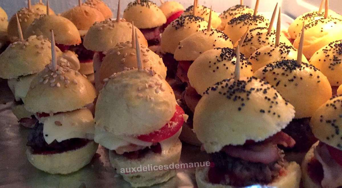 Minis burgers cheese et minis burgers bacon