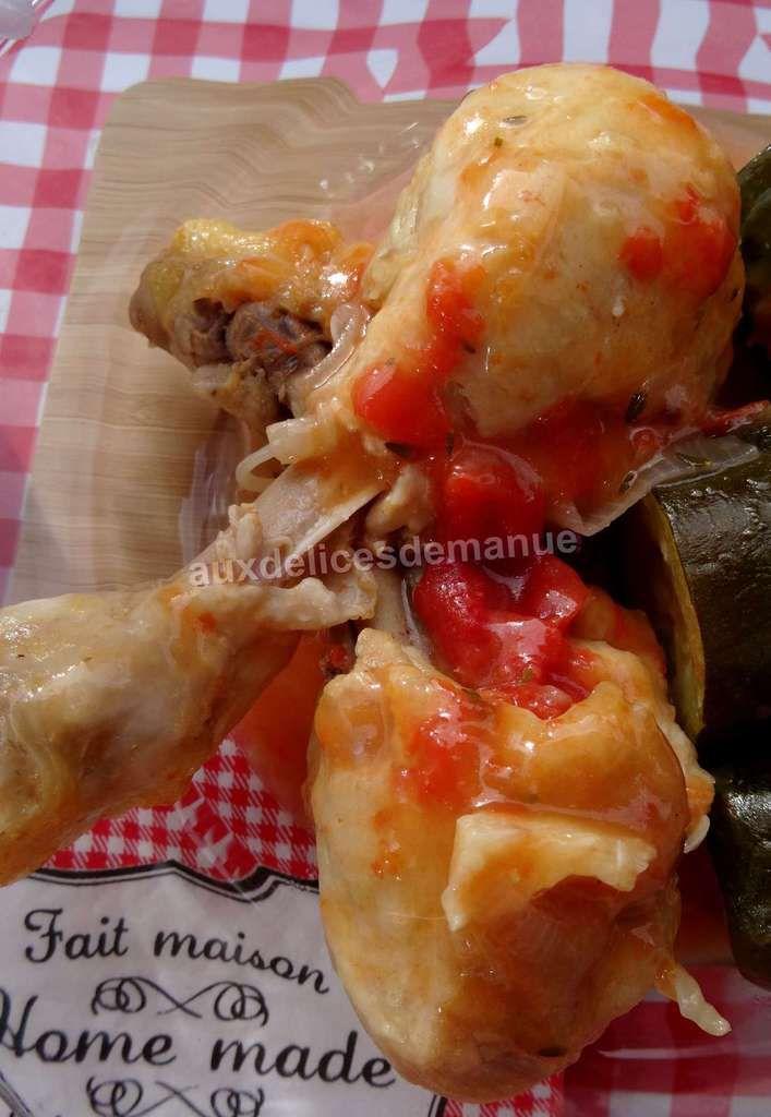 Pilons de poulet aux courgettes, sauce tomate