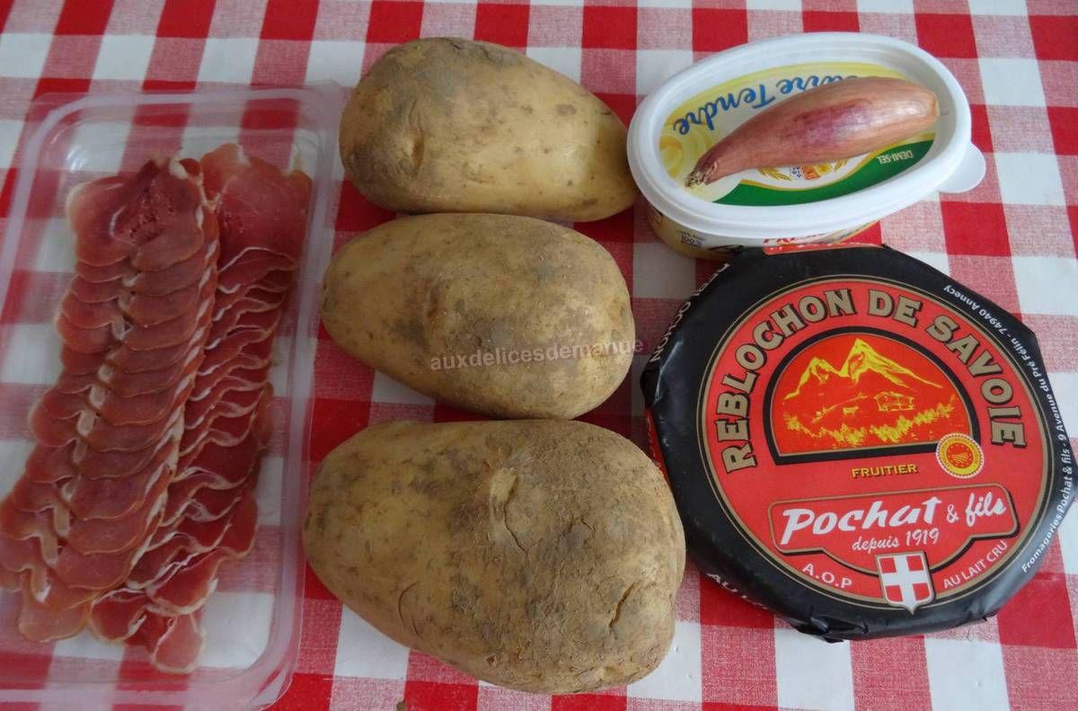 Pomme de terre au four au Reblochon et coppa