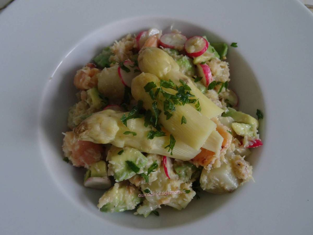 salade,asperges,asperges blanches,crabe,avocat
