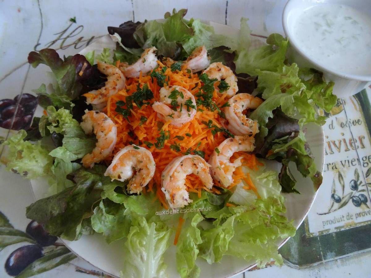 salade,feuilles de chêne,carottes,crevettes,crevettes roses