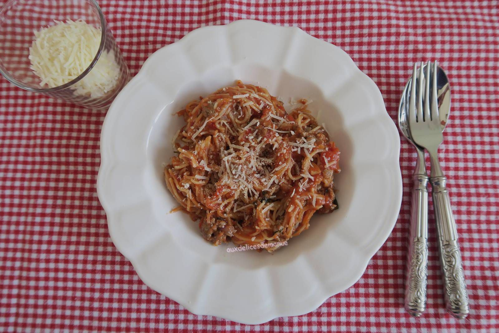 One-pot pasta au bœuf et coulis de tomates
