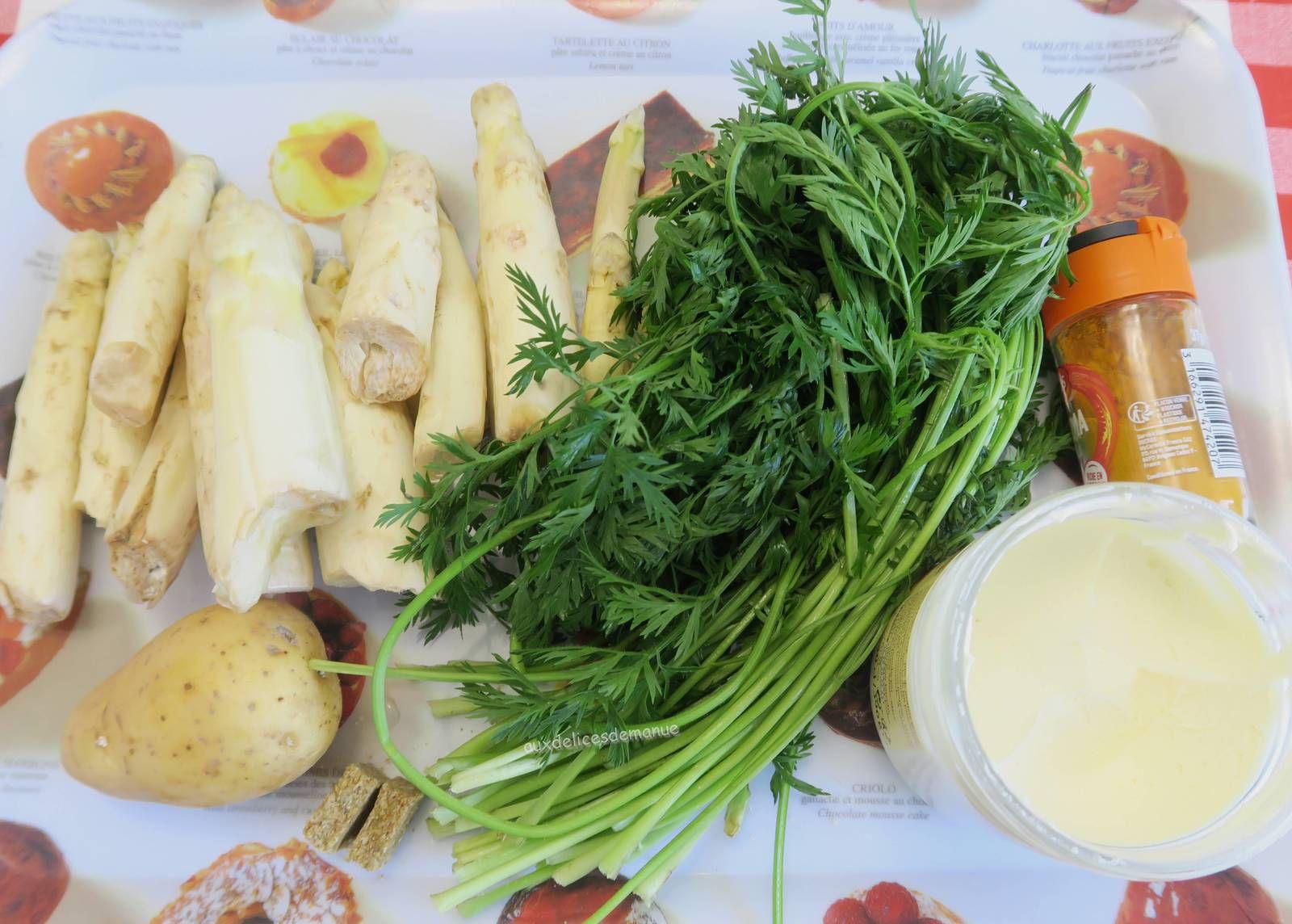 Velouté aux asperges et fanes de carottes
