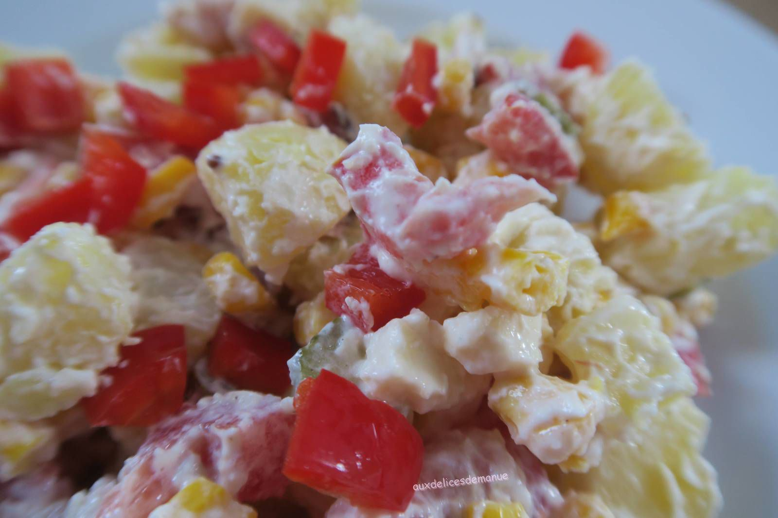 Salade de pommes de terre au jambon fumé, légumes et skyr