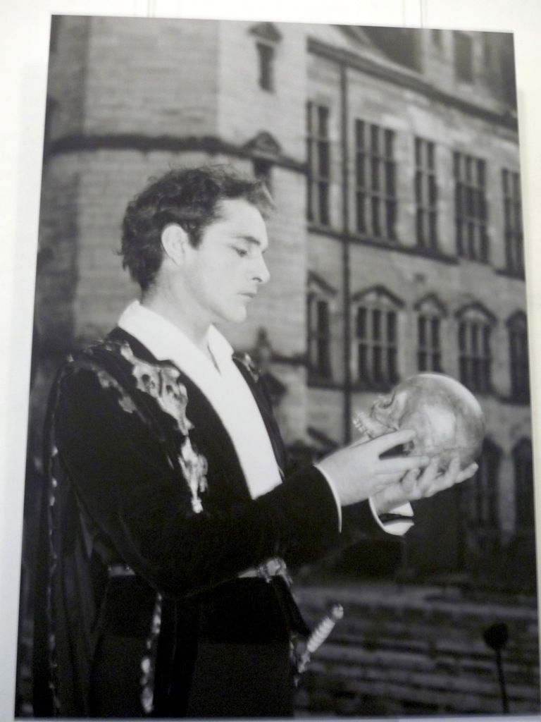 Richard Burton, Hamlet, 1954