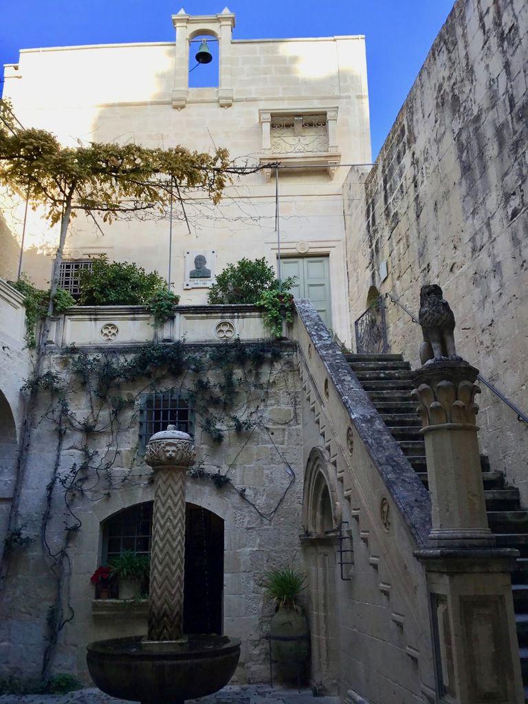 935 - À pas maltais (5)