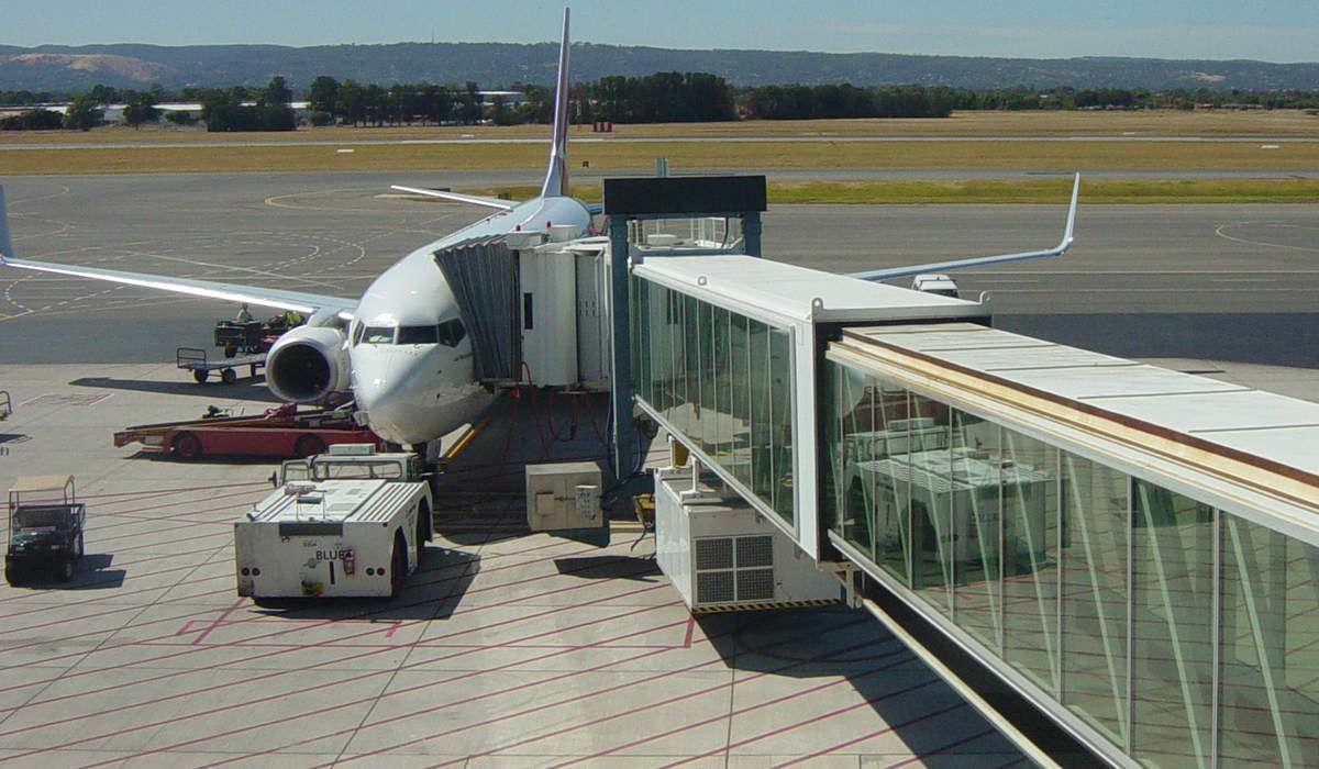 Passerelle aéroportuaire (aéroport international d'Adélaïde) © Internet