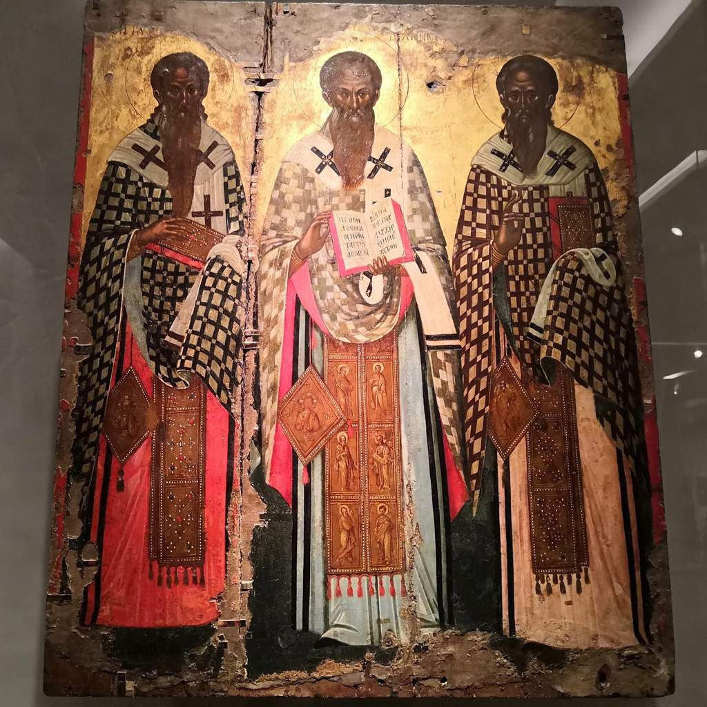 Icon with the Three Hierarchs. Painted by Michael Damaskenos. Late 16th c.