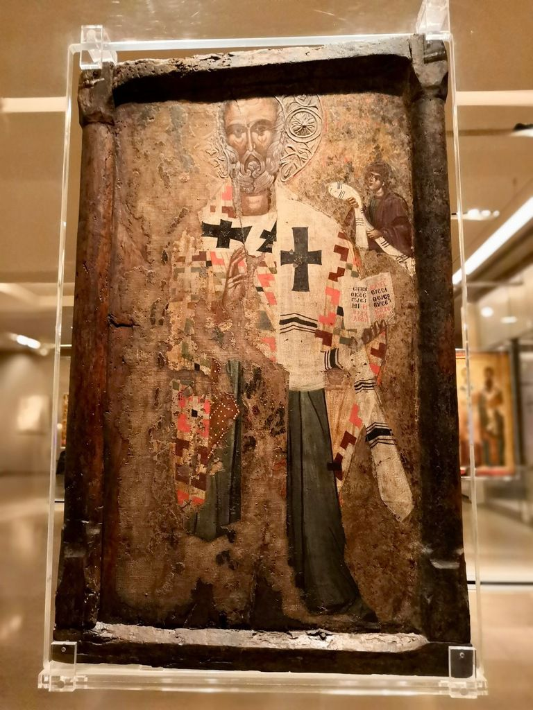 Double-sided icon with Saint Nicholas (front) and the the Crucifixion (back). From Berroia. 15th c.