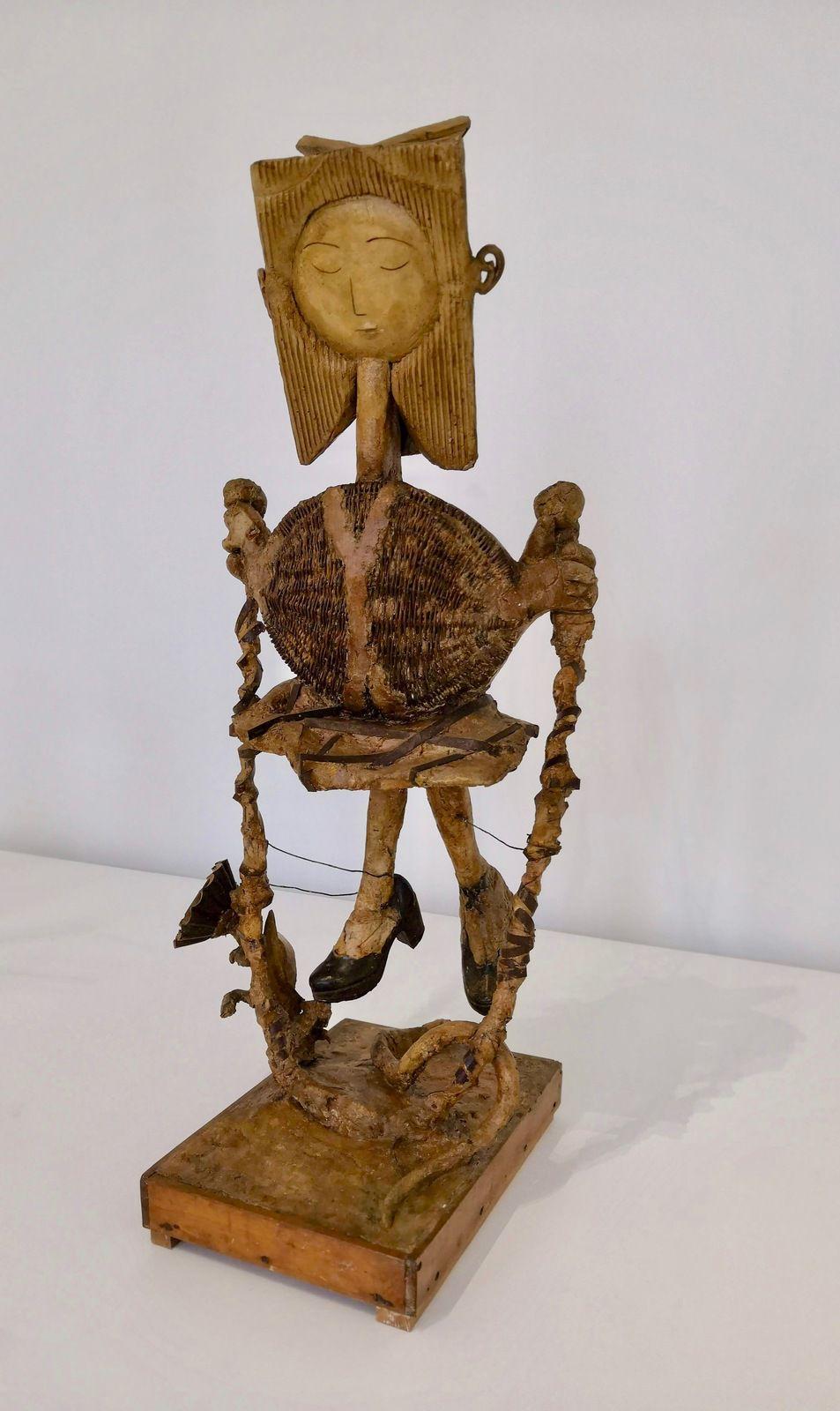 Pablo Picasso, Petite fille sautant à la corde, 1950, Plâtre, panier en osier, moule à gâteaux, chaussures, bois, fer, céramique, Musée national Picasso-Paris