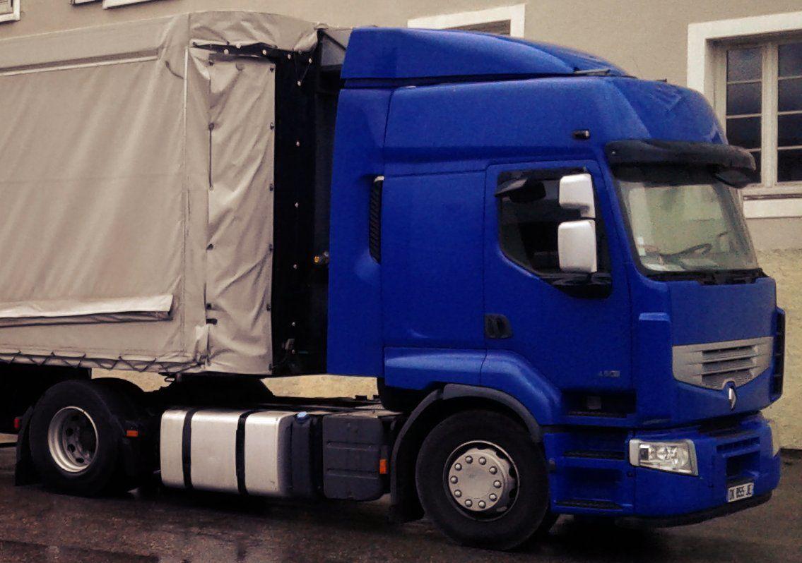 Tracteur routier à vendre / Envoyé par la Fabrique des Petites Utopies le 06.09.18