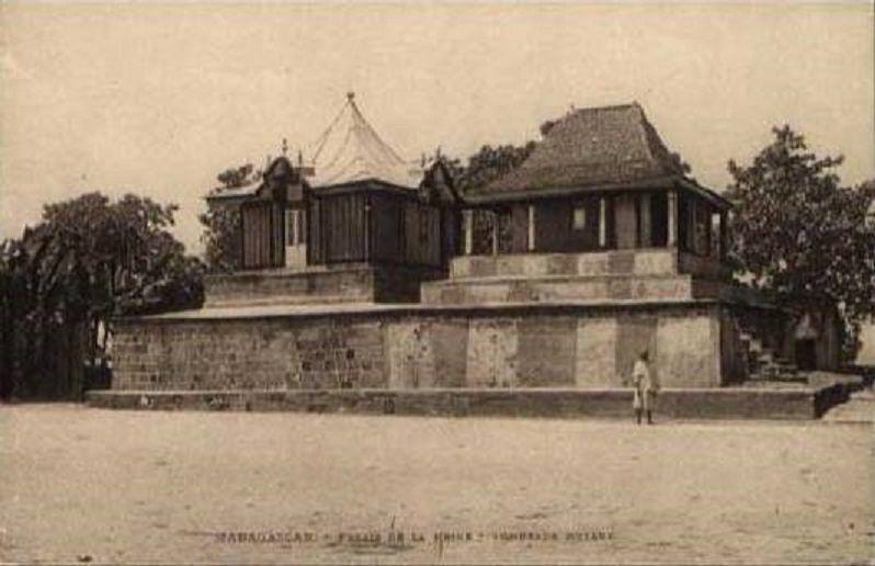Le Palais de la Reine