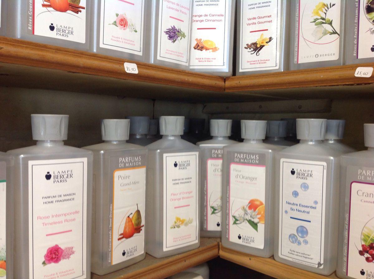 """les nouvelles senteurs """"lampe berger """"0147073661ou sur notre site marchand""""ladroguerieparis.com"""""""