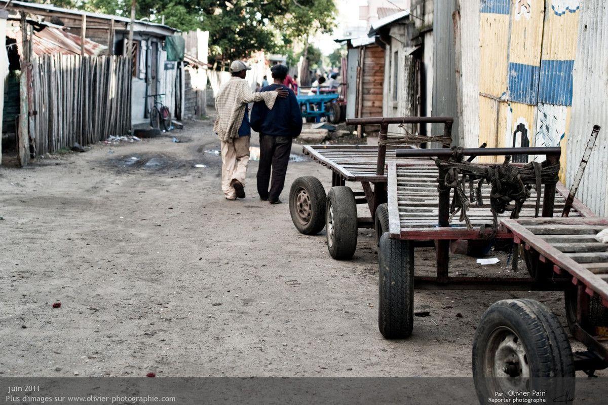 Photo : les abords du marché principal de la ville.