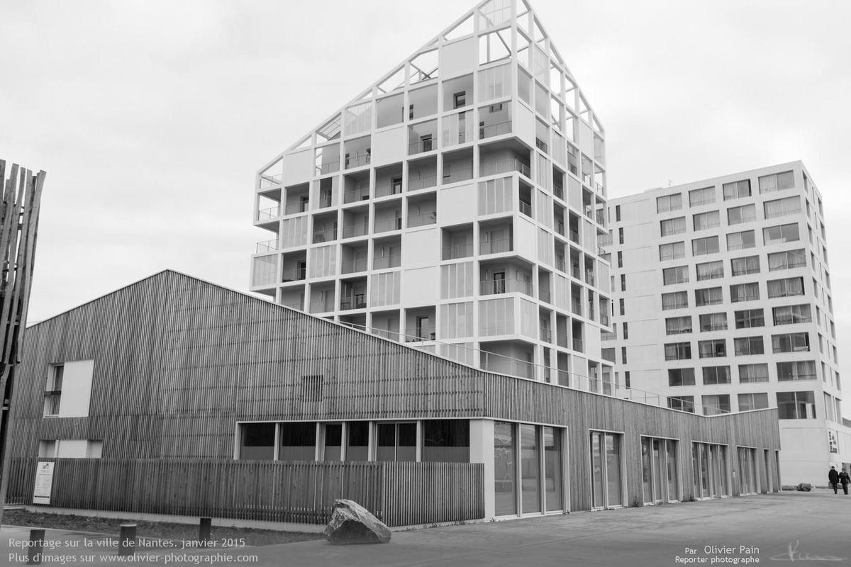 Photographie d'architecture extérieure à nantes. Photographie réalisée sur l'île de Nantes.