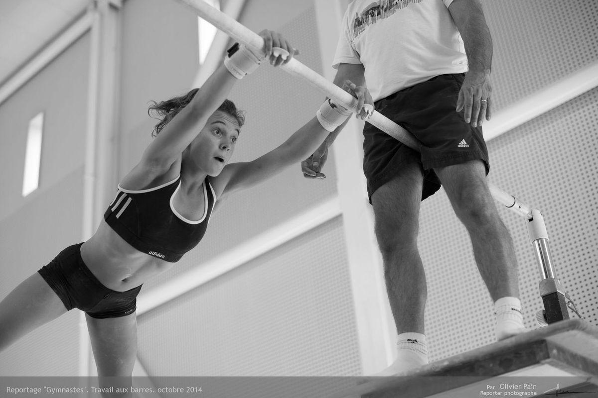 Reportage Gymnastes sur le thème de la gymnastique en France. Reportage réalisé à Saint Pierre des Corps à 4km de Tours.