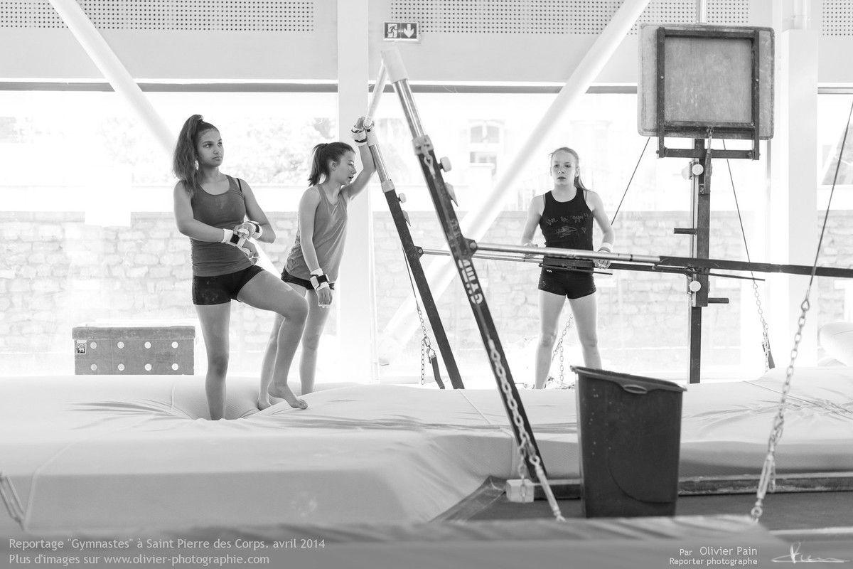 Reportage sur la gymnastique en France. Reportage de suivi de jeunes gymnastes à Saint Pierre des Corps à 4km de Tours.