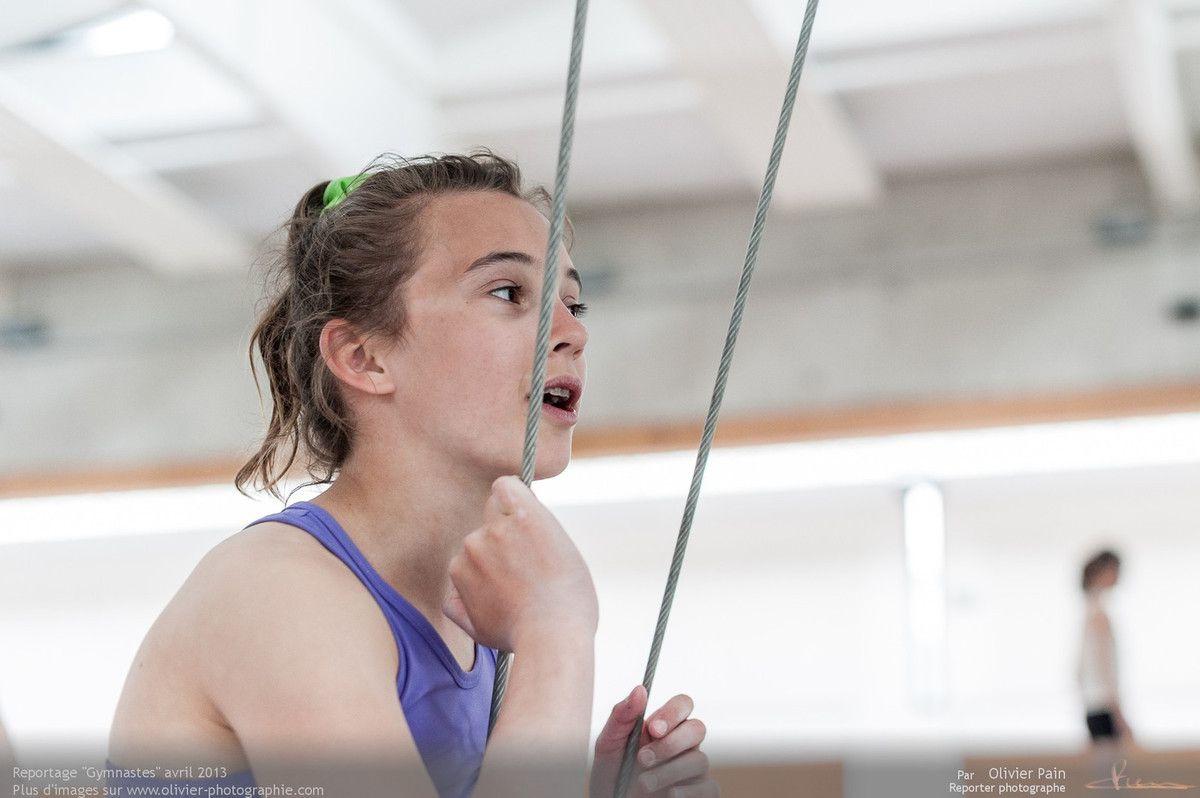 Reportage sur la gymnastique artistique féminine en france. Prises de vues réalisées au gymnase du Val Fleuri à saint pierre des corps à quelques kilomètres de Tours.