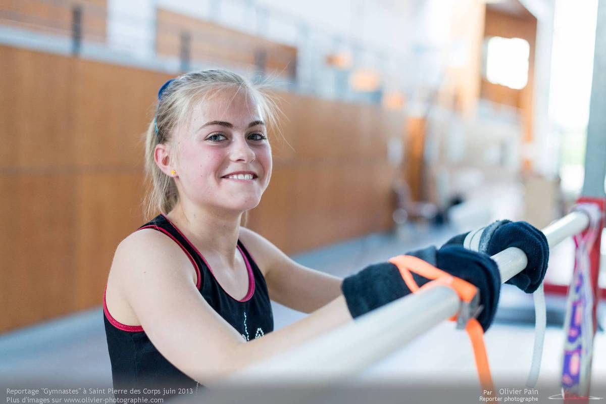 Reportage sur la gymnastique artistique fémnine en France. Suivi d'une équipe de jeunes gymnastes réalisé au gymnase du Val Fleuri à Saint Pierre des Corps à quelques km de Tours.