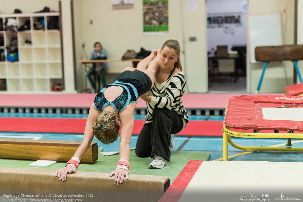 Reportage sur la gymnastique en France. Réalisé dans les gymnases de Saint Pierre des Corps et Joué les tours il a pour thème le suivi de jeunes gymnastes. Le reportage a commencé en 2011 et est toujours en cours.
