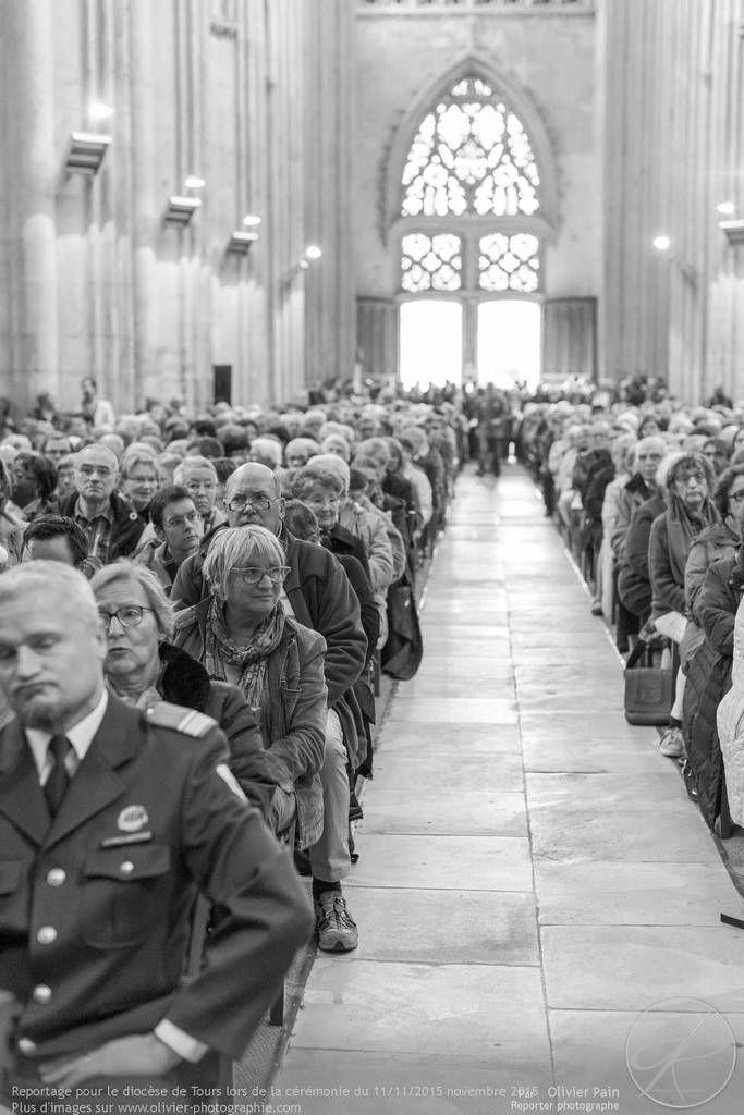 Photoreportage lors de la cérémonie du 11 Novembre organisé à la cathédrale de Tours