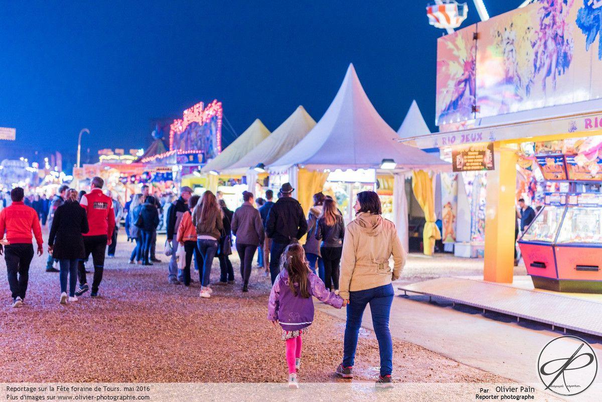 Reportage, la ville de Tours, la foire et la fête foraine