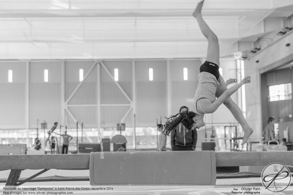 Reportage Gymnaste réalisé à Saint Pierre des Corps. Depuis 2010 ce reportage est le suivi d'un groupe de jeunes gymnastes et de leurs petites soeurs maintenant !