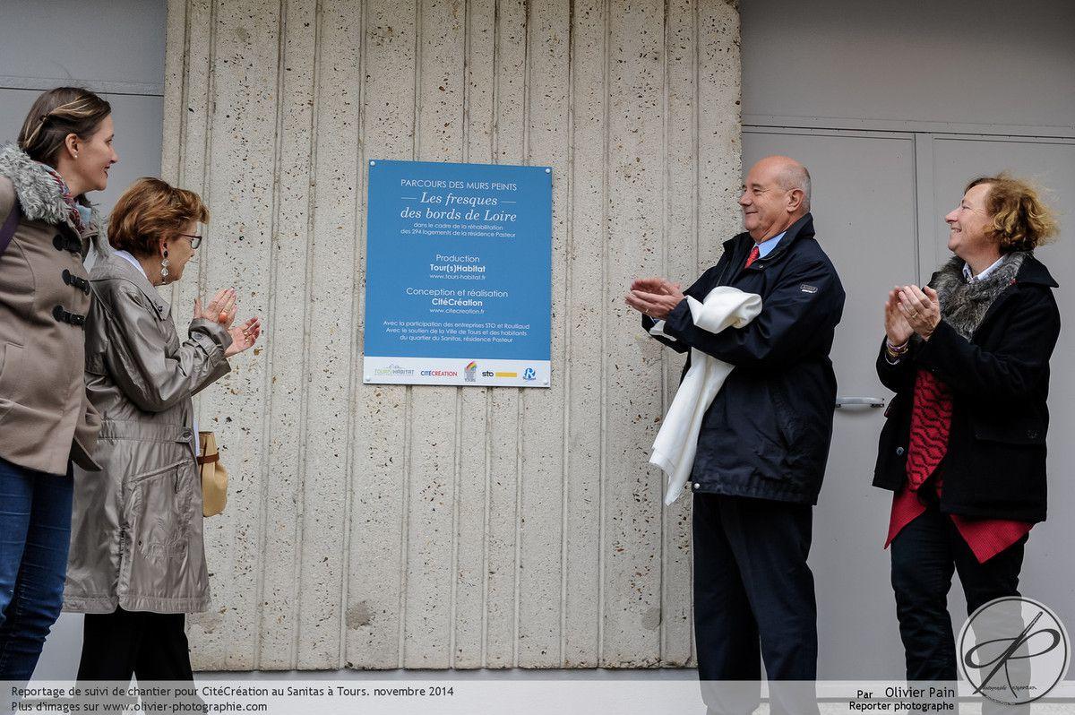 Reportage lors de l'inauguration des fresques murales avec le maire de Tours.