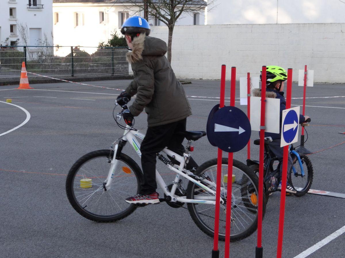 La piste routière à vélo