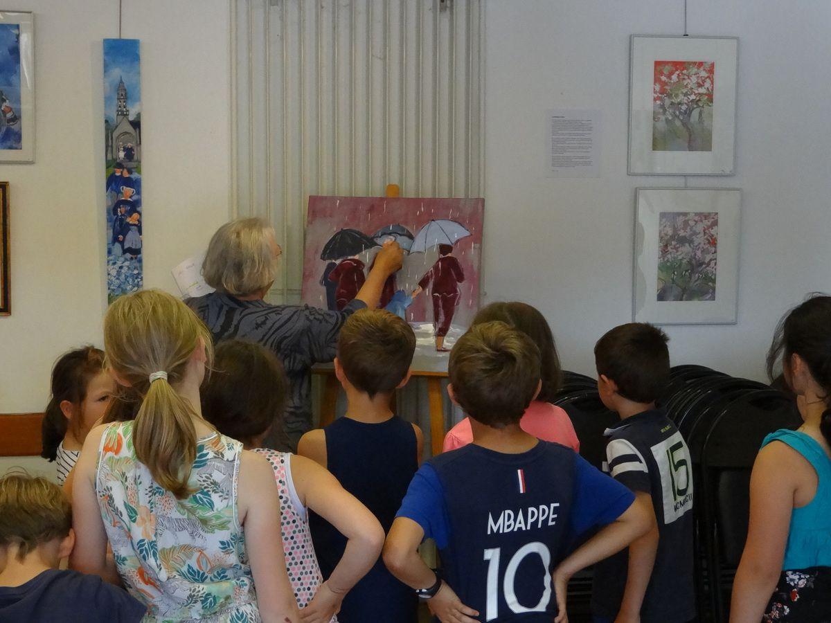 La classe de CP-CE2 à la rencontre de l'artiste Danièle Messager