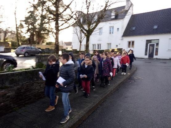 Les enfants de CE2-CM1 expédient leurs vœux!