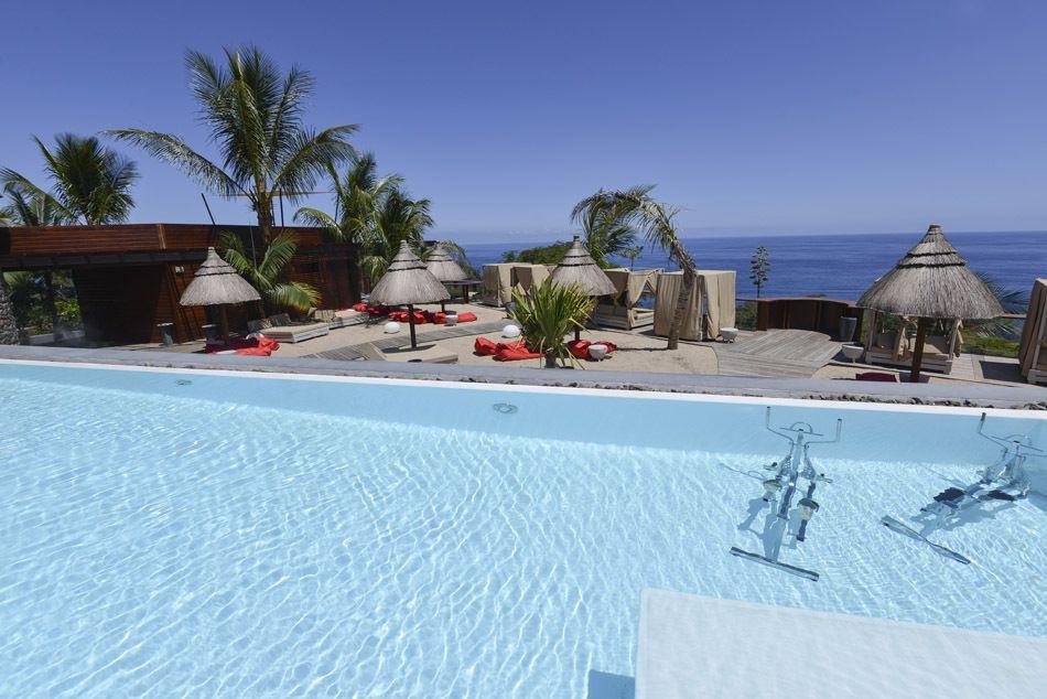 La Réunion ne compte que deux hôtels 5*, comme le Palm à Petite Île.
