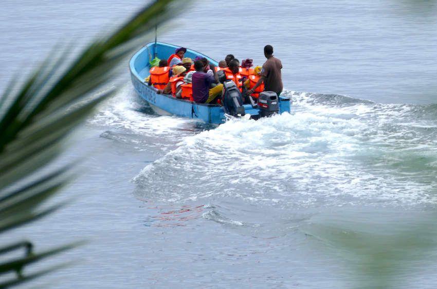 kwassa clandestins immigres boatpeople mayotte anjouan comores