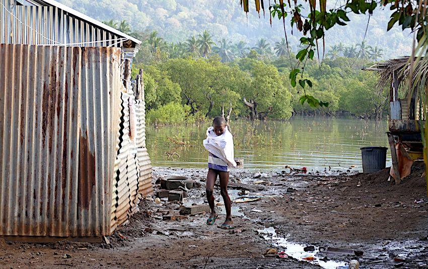 montée des eaux mayotte bidonvilles clandestins mahorais