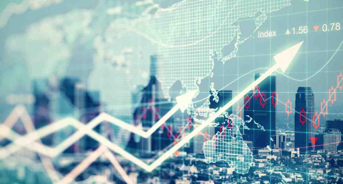 33 cursos universitarios online gratís sobre Negocios, Economía y Finanzas