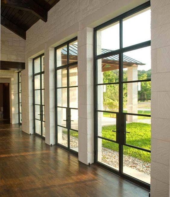 Fantásticas ventanas y puertas de acero, nueva tendencia en decoración de interiores