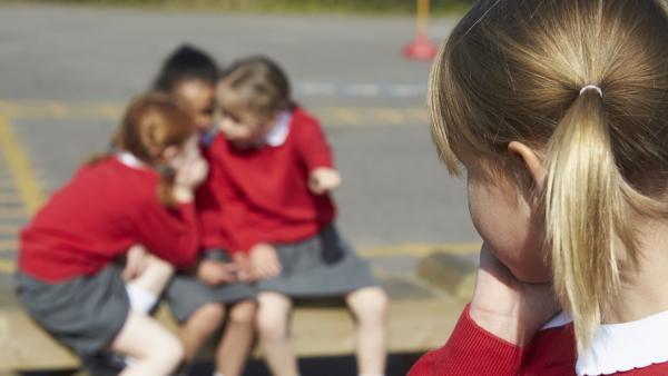 Una niña de once años víctima de bullying se suicida