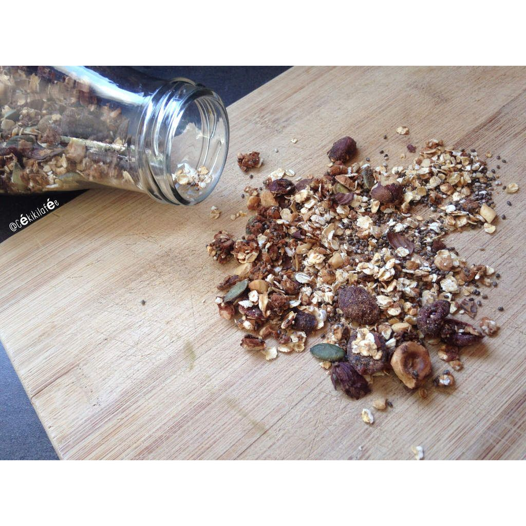 Granola chia cranberries