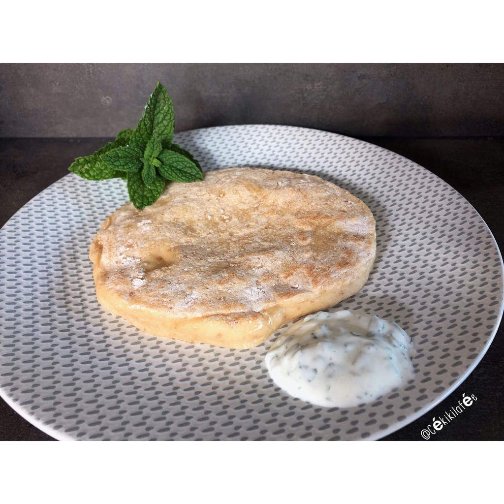 Naans légers au fromage