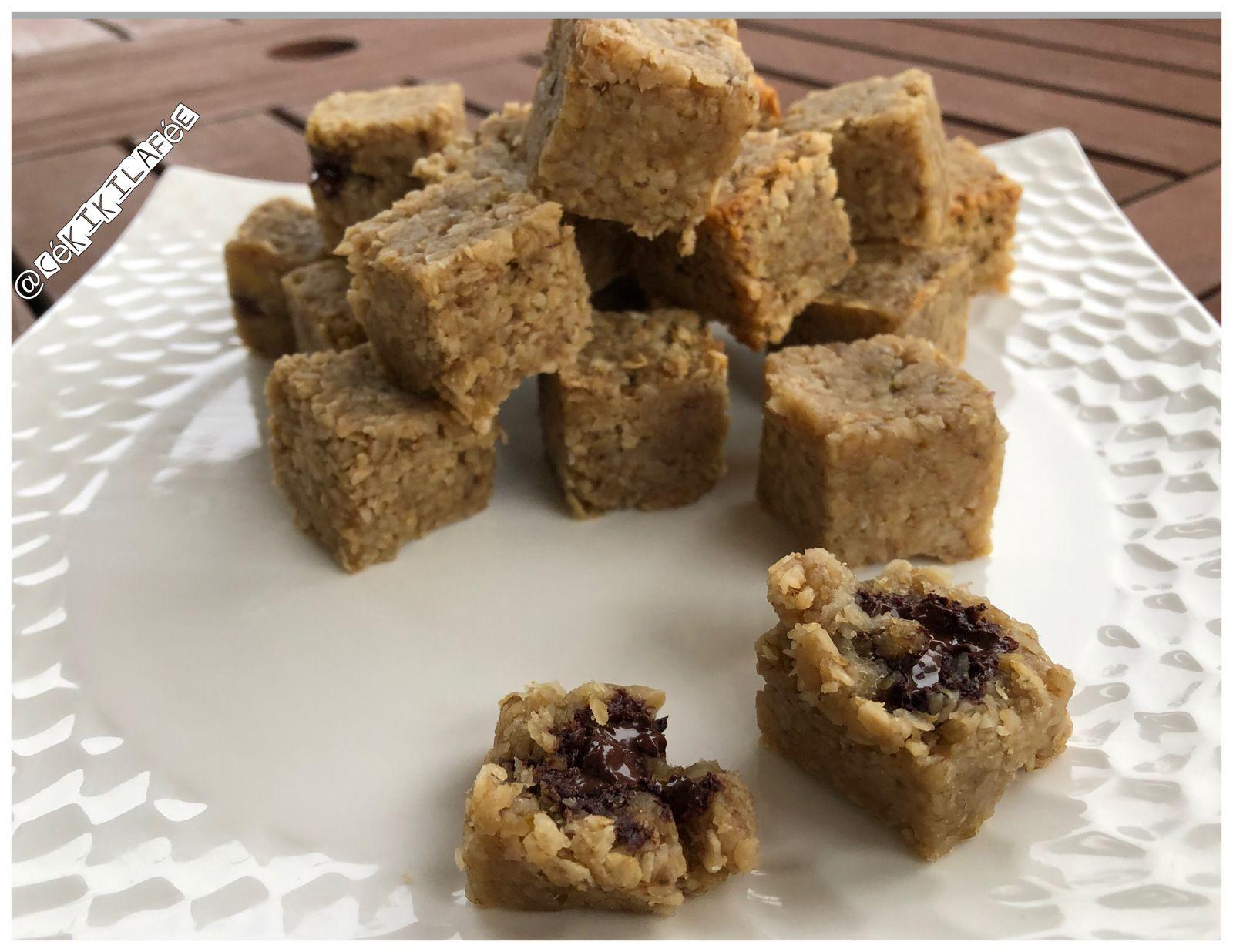 Cubes de granola au chocolat