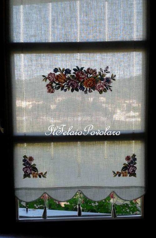 Ancora  #tende in lino bianco - sfilature verticali e bellissime rose a #PUNTOcroce