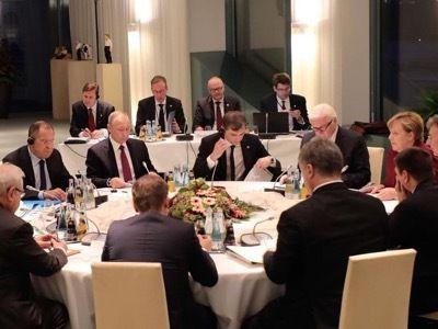 Guerre impérialiste en Syrie: Washington cherche le bouc émissaire de sortie…