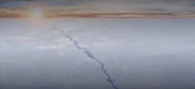 «Un évènement majeur qui va changer le paysage»: - Le LarsenC est un bloc de glace de 5000 km2. Il est en train de se détacher.