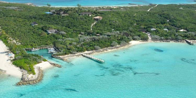 Indigo Island, dans l'archipel des Bahamas, a été acquise par Bernard Arnault. ©Eric Fenouil pour Capital.