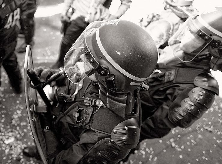 Comment la France s'apprête à devenir un Etat policier où chacun est transformé en potentiel suspect
