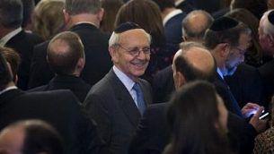 Stephen Breyer, juge à la Cour suprême des États-Unis, assiste à la réception de Hanoukka organisée par le président américain Donald Trump à la Maison-Blanche, à Washington, le 7 décembre 2017 (AFP PHOTO / SAUL LOEB)